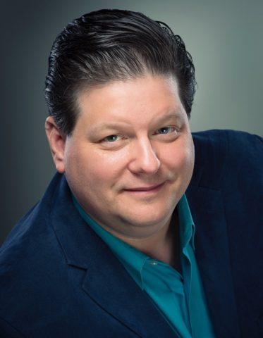 Scott Uddenberg, music director of Elmhurst Choral Union